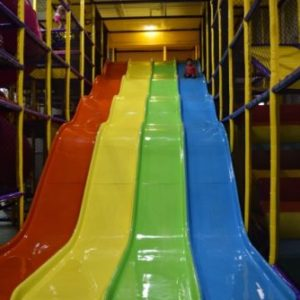 Indoor Playground Components and Attractions: 4 Lane Wave Slide