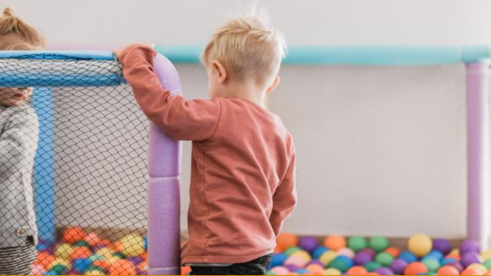 kids indoor play structure